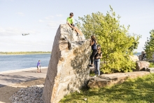 A place for play, visual interest and quiet retreat, the edge of the Moraine Bluff is marked by a striking 48 tonne boulder.